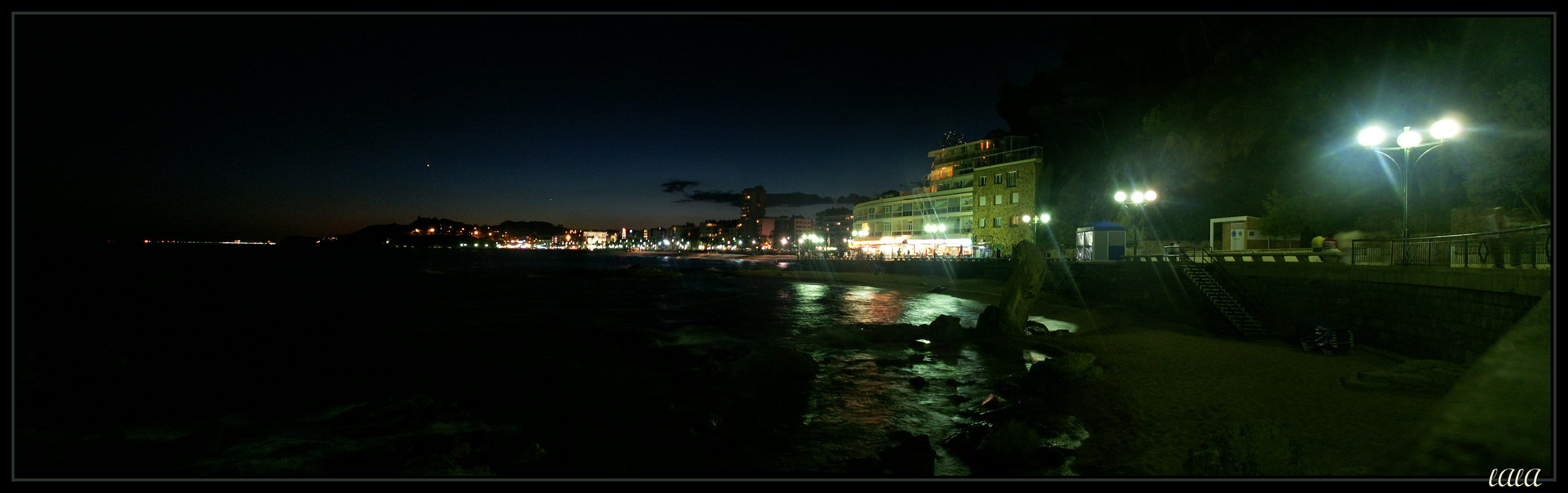 Foto playa Platja de Lloret. Lloret de Mar - Esti látvány - 2005 (Lloret at night)