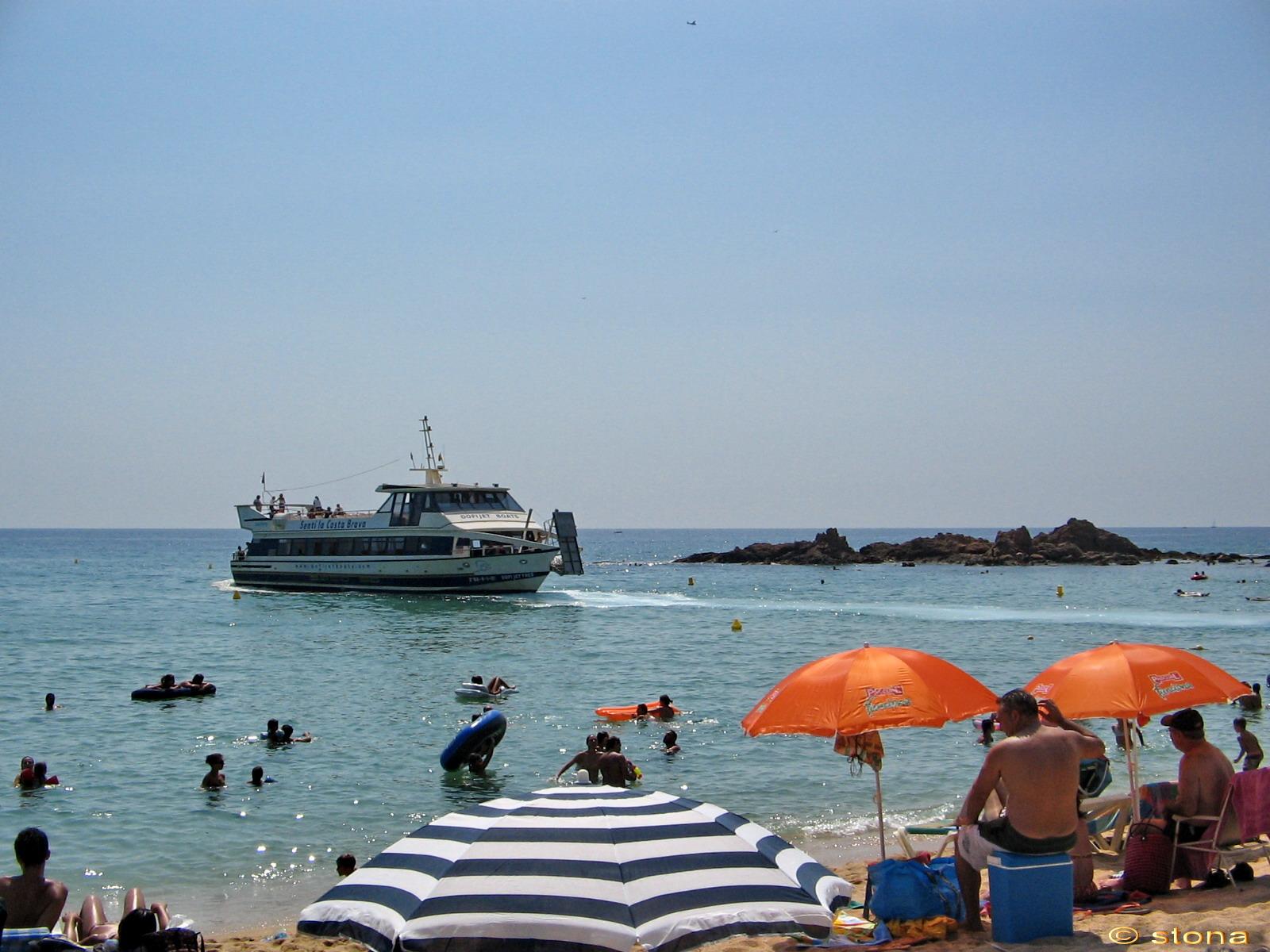 Foto playa Cala d'en Trons. La playa. Lloret de mar. Catalunya