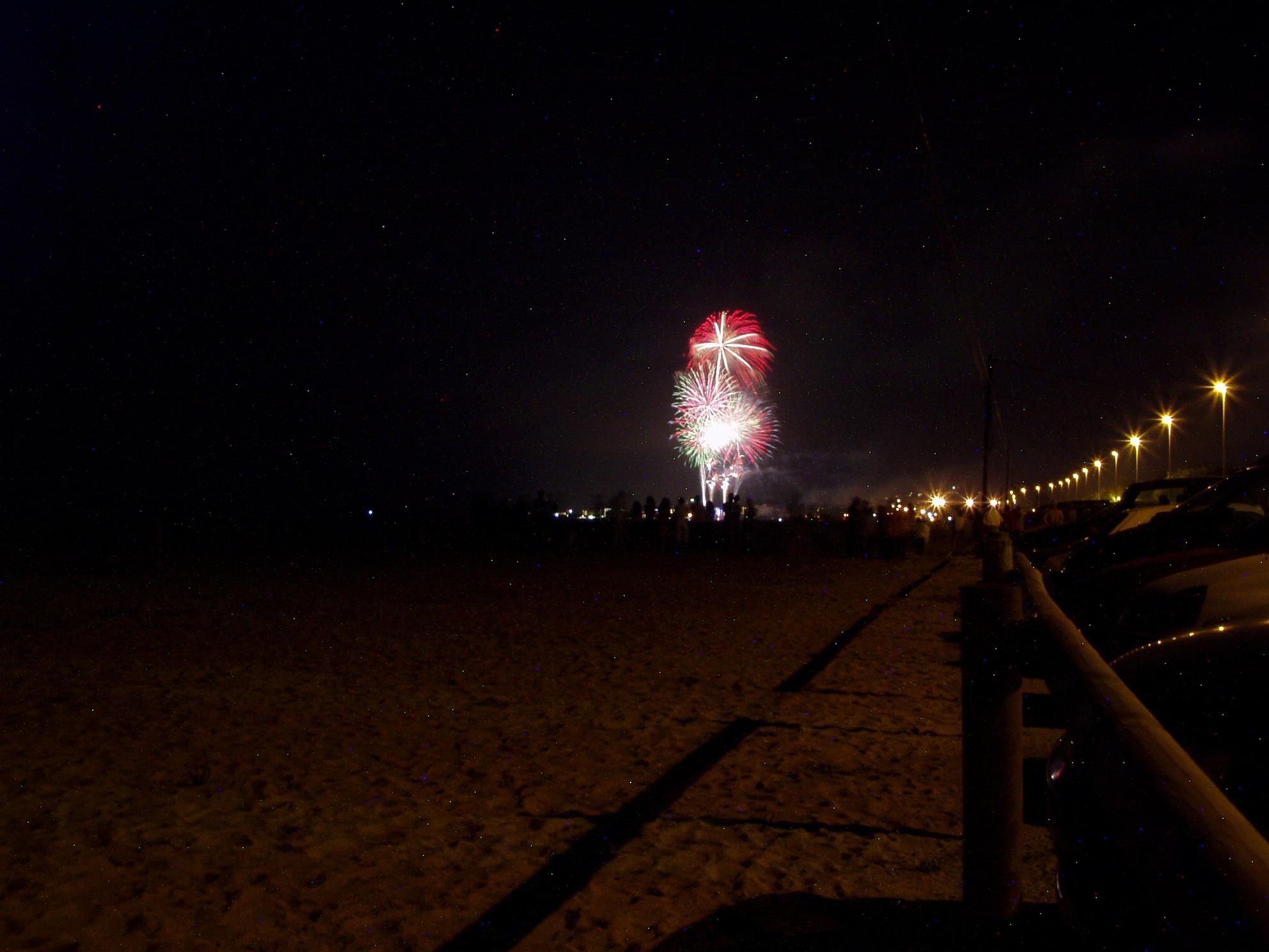Foto playa Malgrat de la Conca. fireworks in Malgrad de Mar