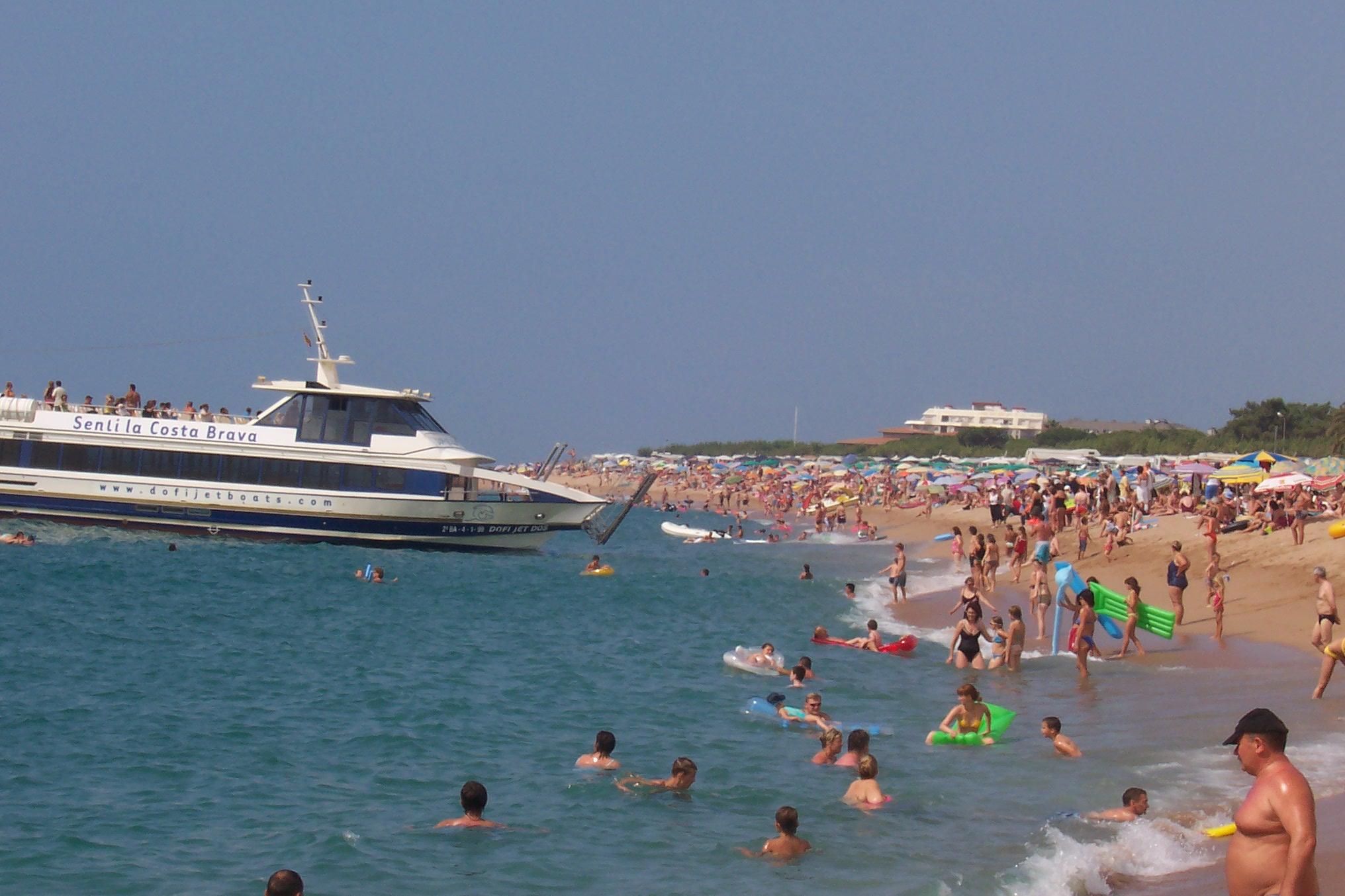 Foto playa Platja de les Dunes / Santa Susanna. strand