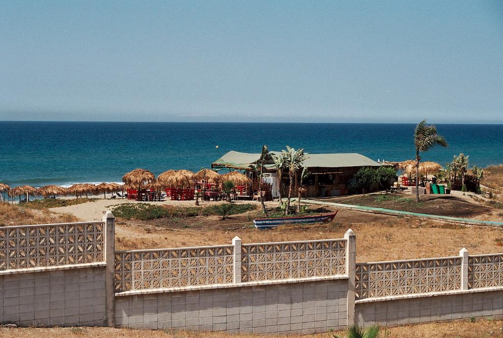 Foto playa Costa Bella. El Chiringuito de la Residencia.