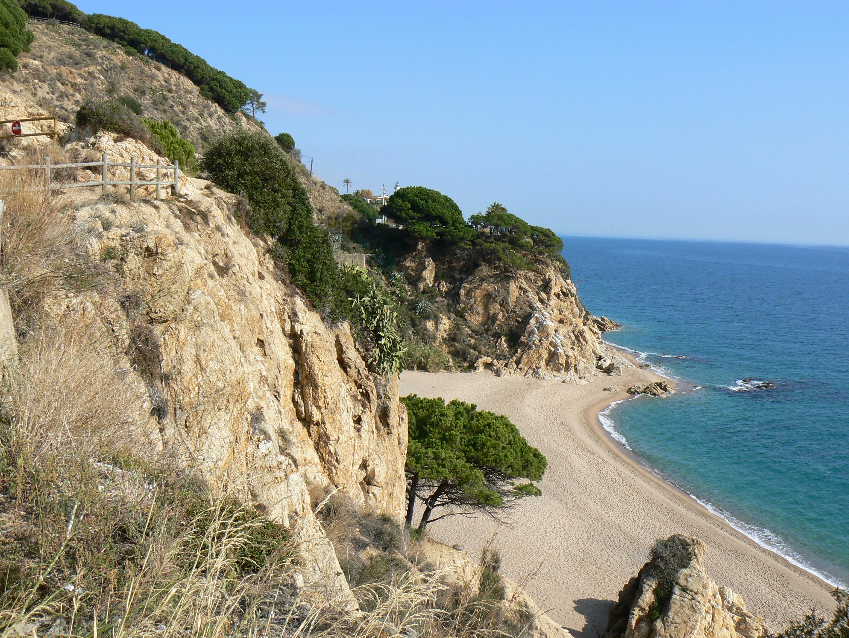 Foto playa La Platjola. Una Costa Bravía, Calella