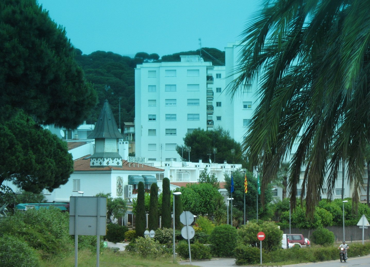 Foto playa Roques Blanques. Sant Pol de Mar, Costa del Maresme