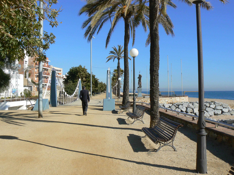 Foto playa El Cavaió. Paseo Marítimo. Canet