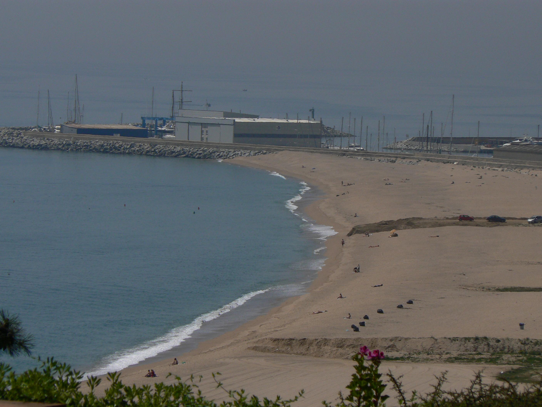 Foto playa El Cavaió / Tercera Playa. Playa de Arenys-Canet, dedicada Redi
