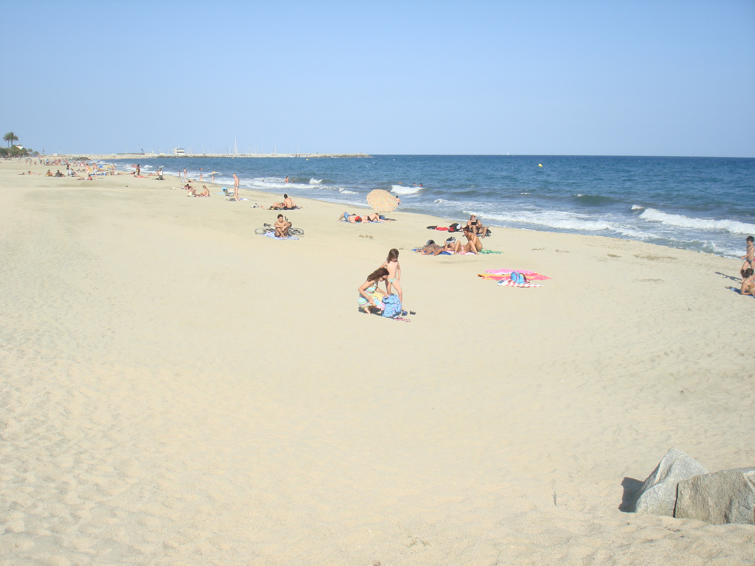 Foto playa La Descàrrega. Playa Premia del Mar, Spain.