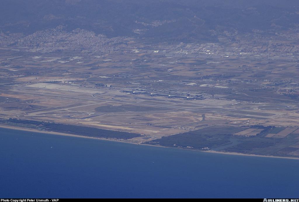 Foto playa Platja del Remolar. Barcelona airport - sea view aproach from mallorca]