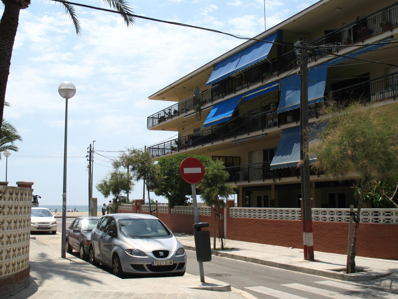 Foto playa Les Botigues. Carrer Del Peru