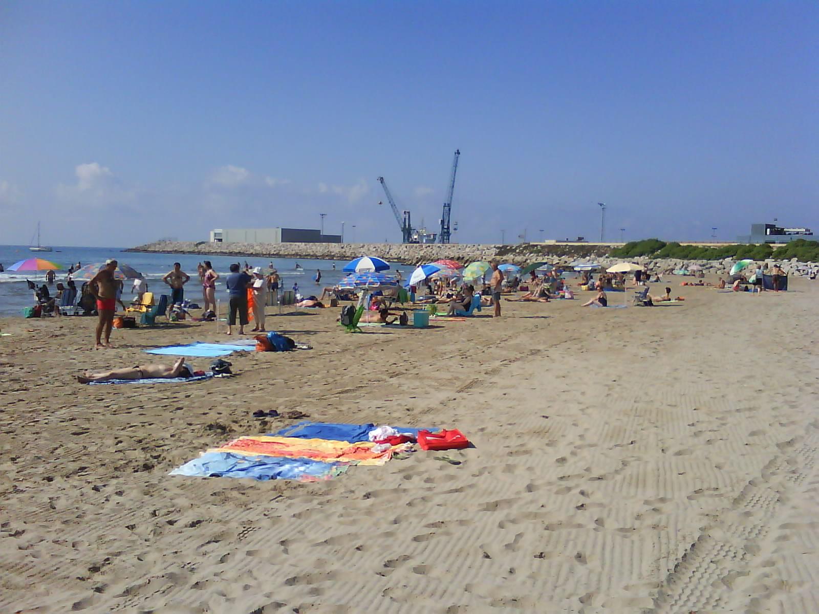 Foto playa El Far de Sant Cristófol. Vilanova i la Geltrú- Platja del Far