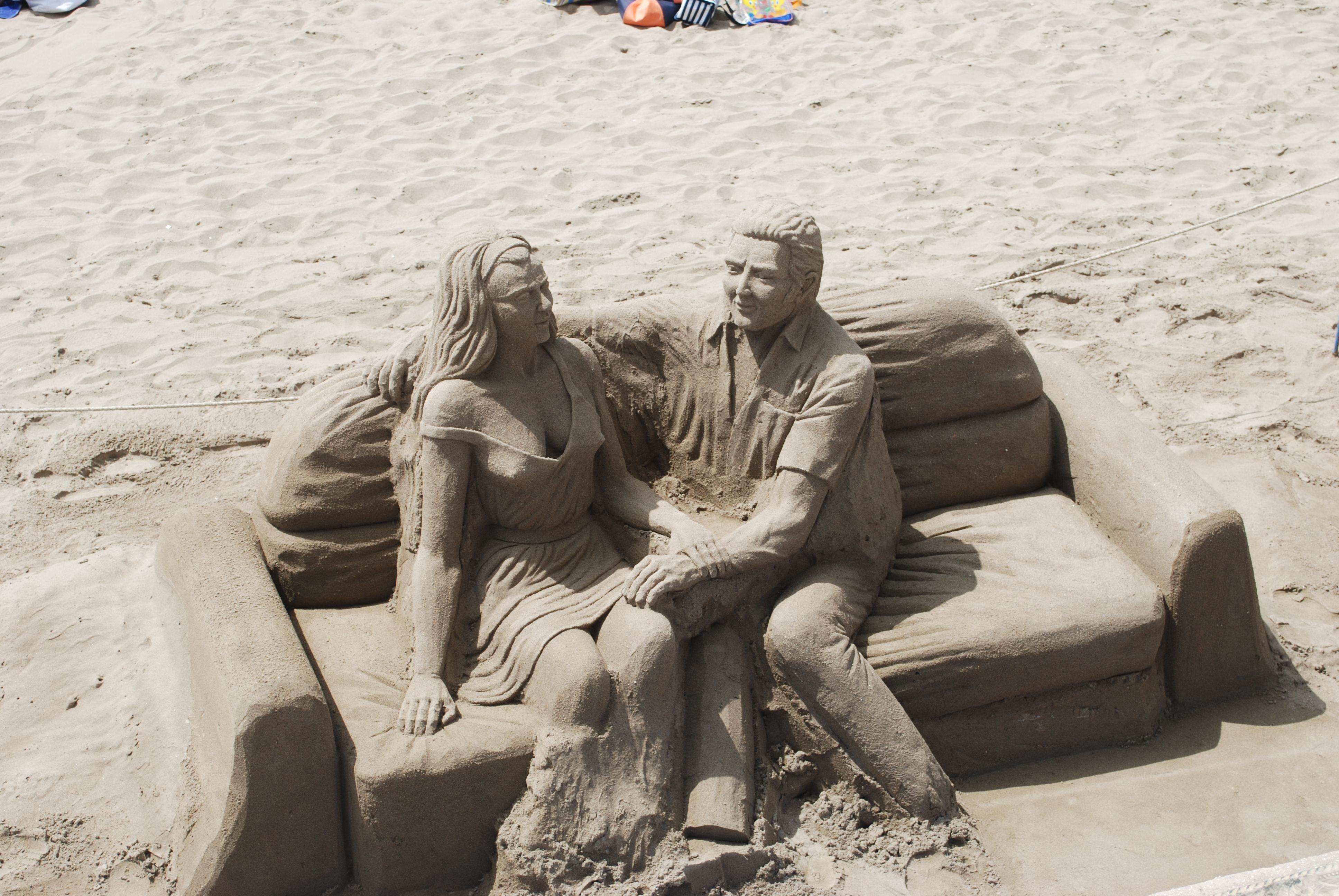 Foto playa El Faro. ESCULTURA DE ARENA (sand sculpture)