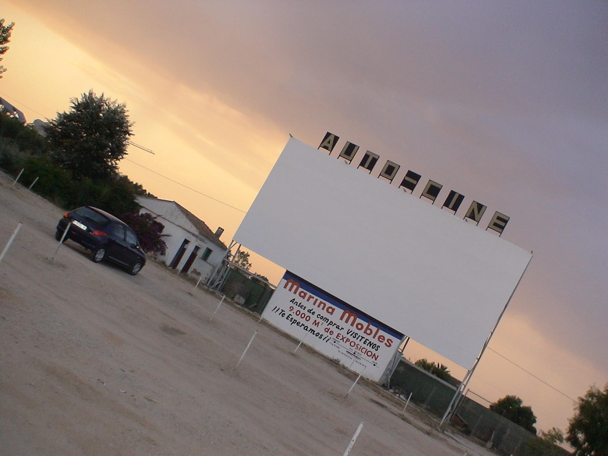 Foto playa Les Devesses / Bassetes. Auto - Cine Drive in Denia