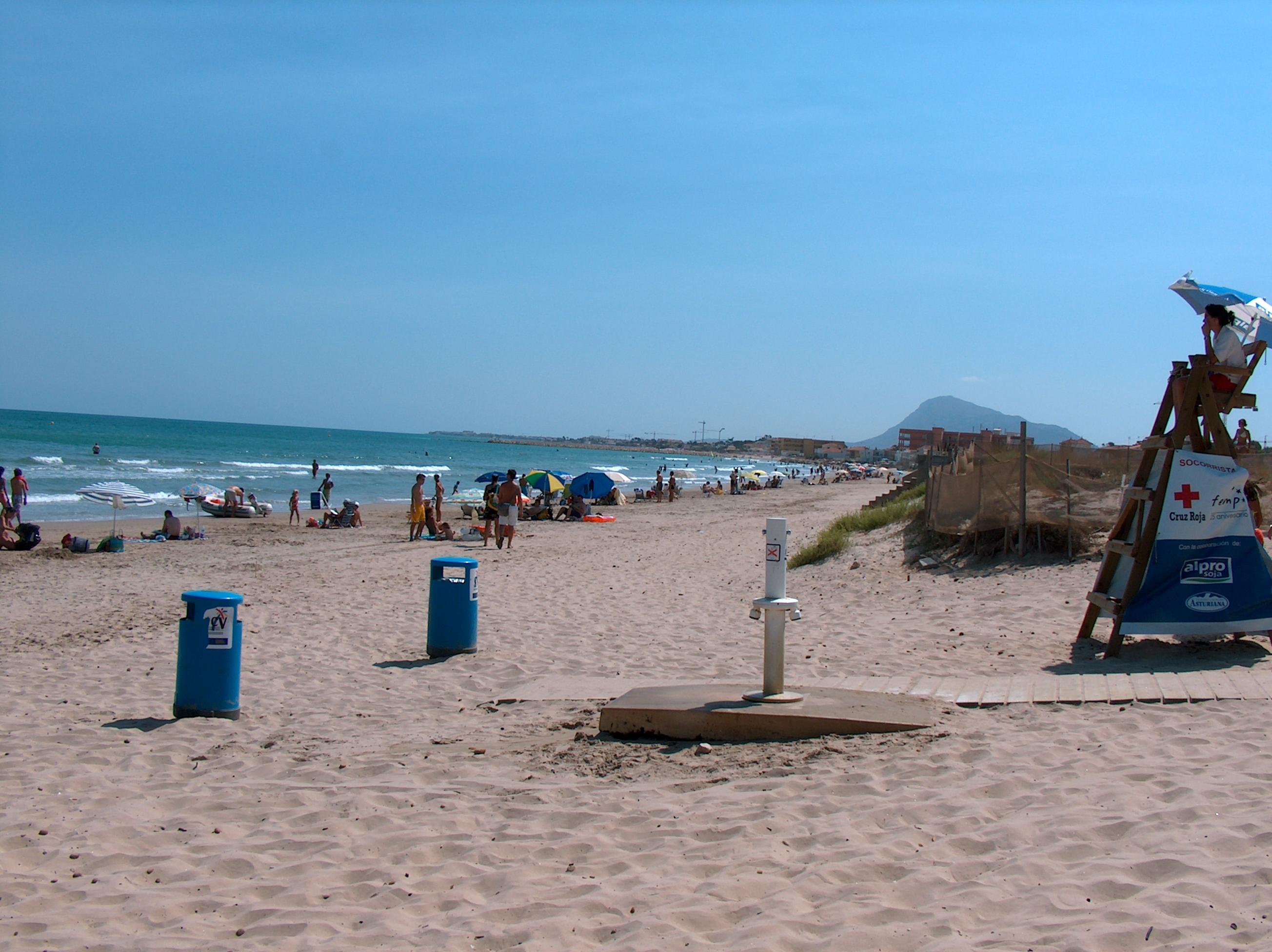 Foto playa Les Devesses / Bassetes. Strand