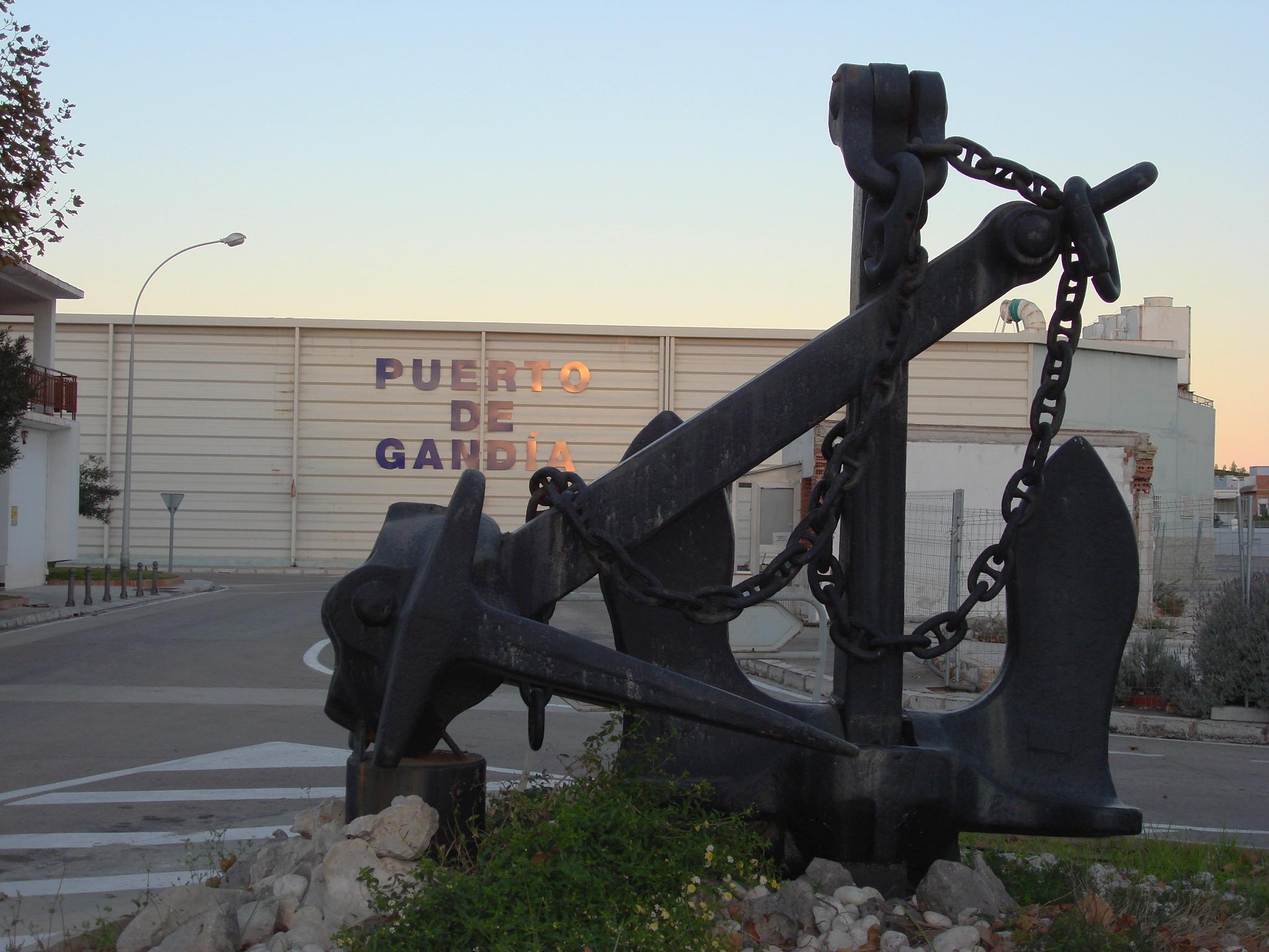 Foto playa Los Pedregales. Ancla
