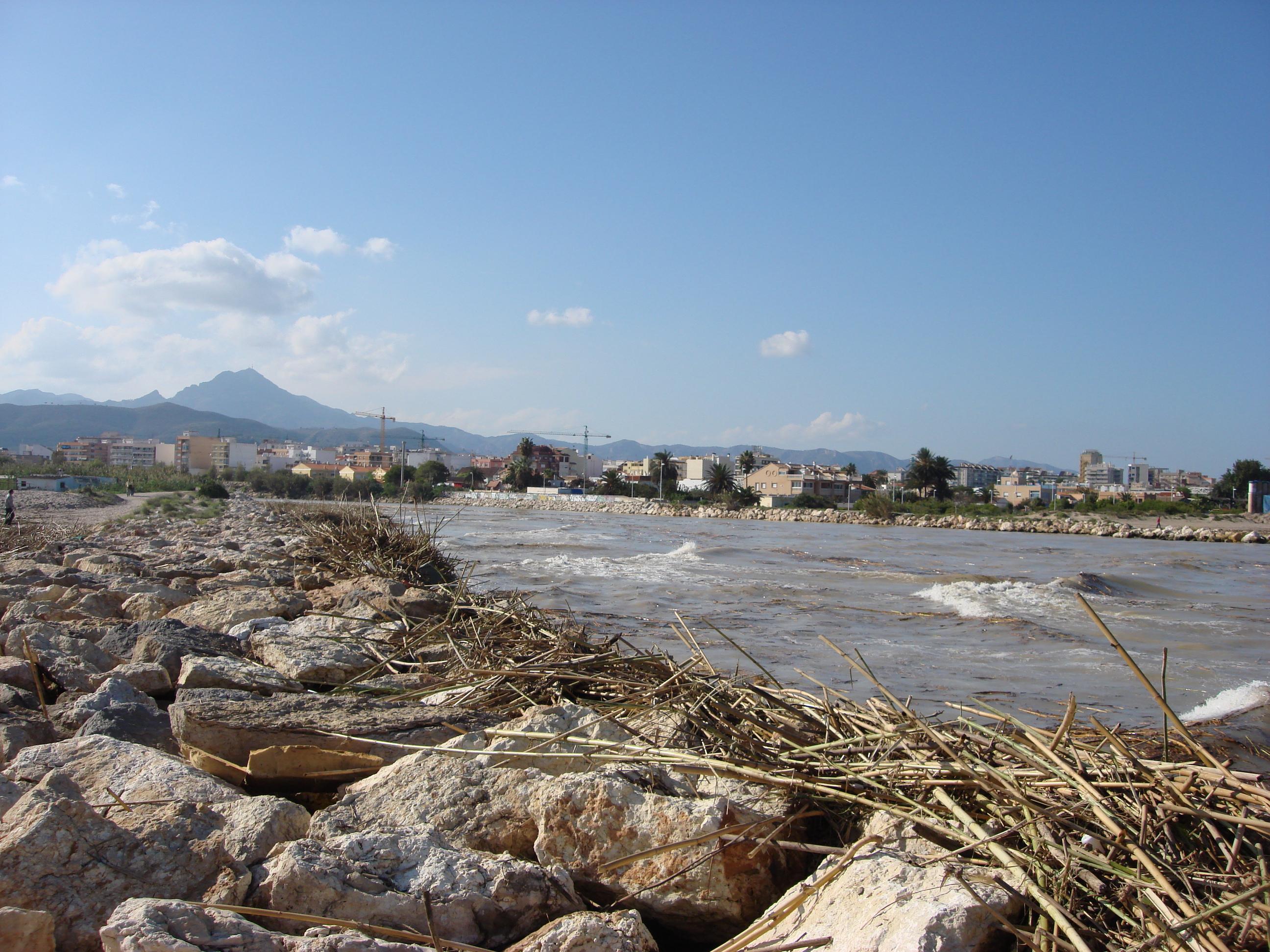 Foto playa L´Ahuir. Desembocadura del Rio Serpis