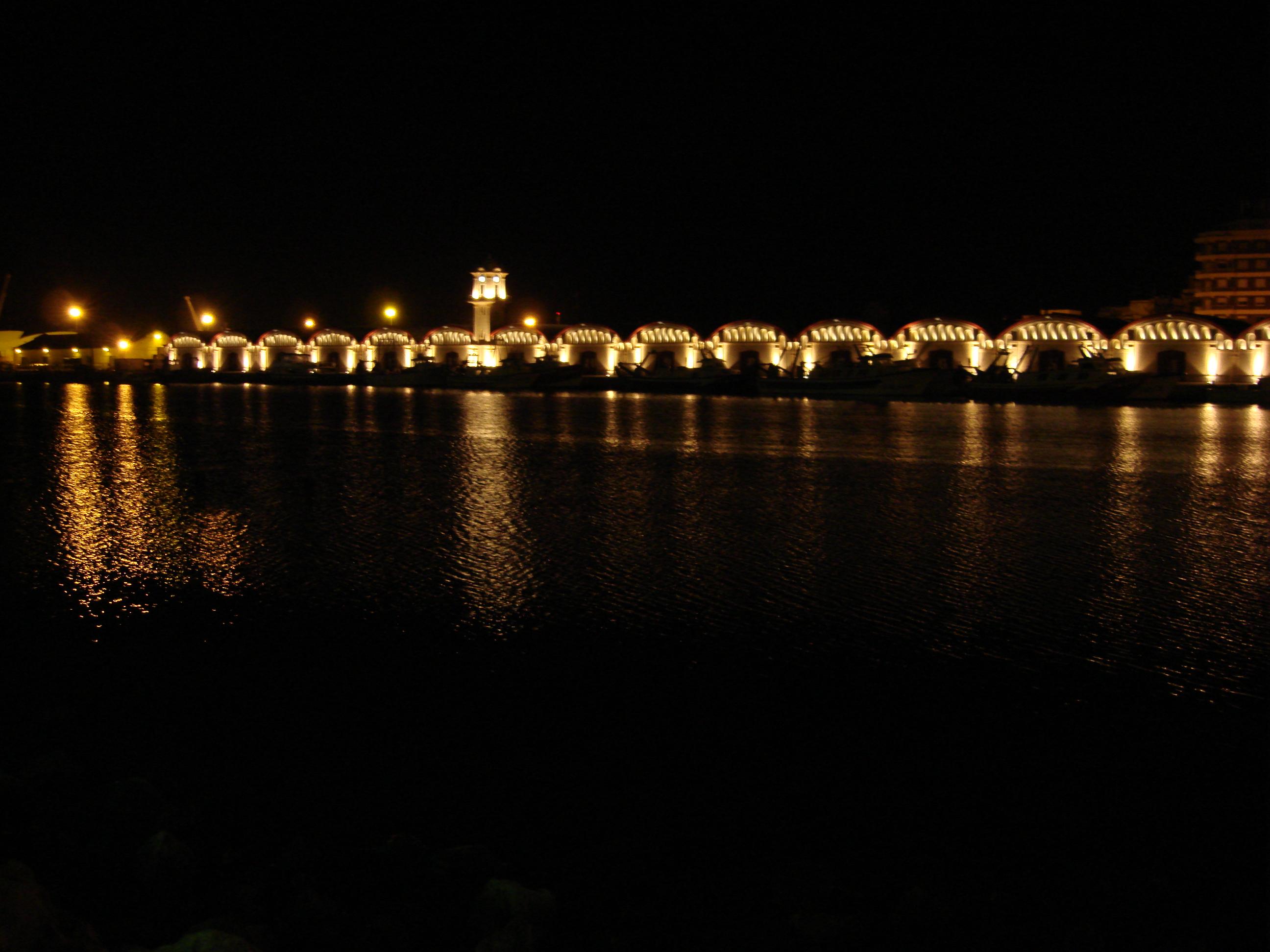 Foto playa L´Ahuir. port de nit