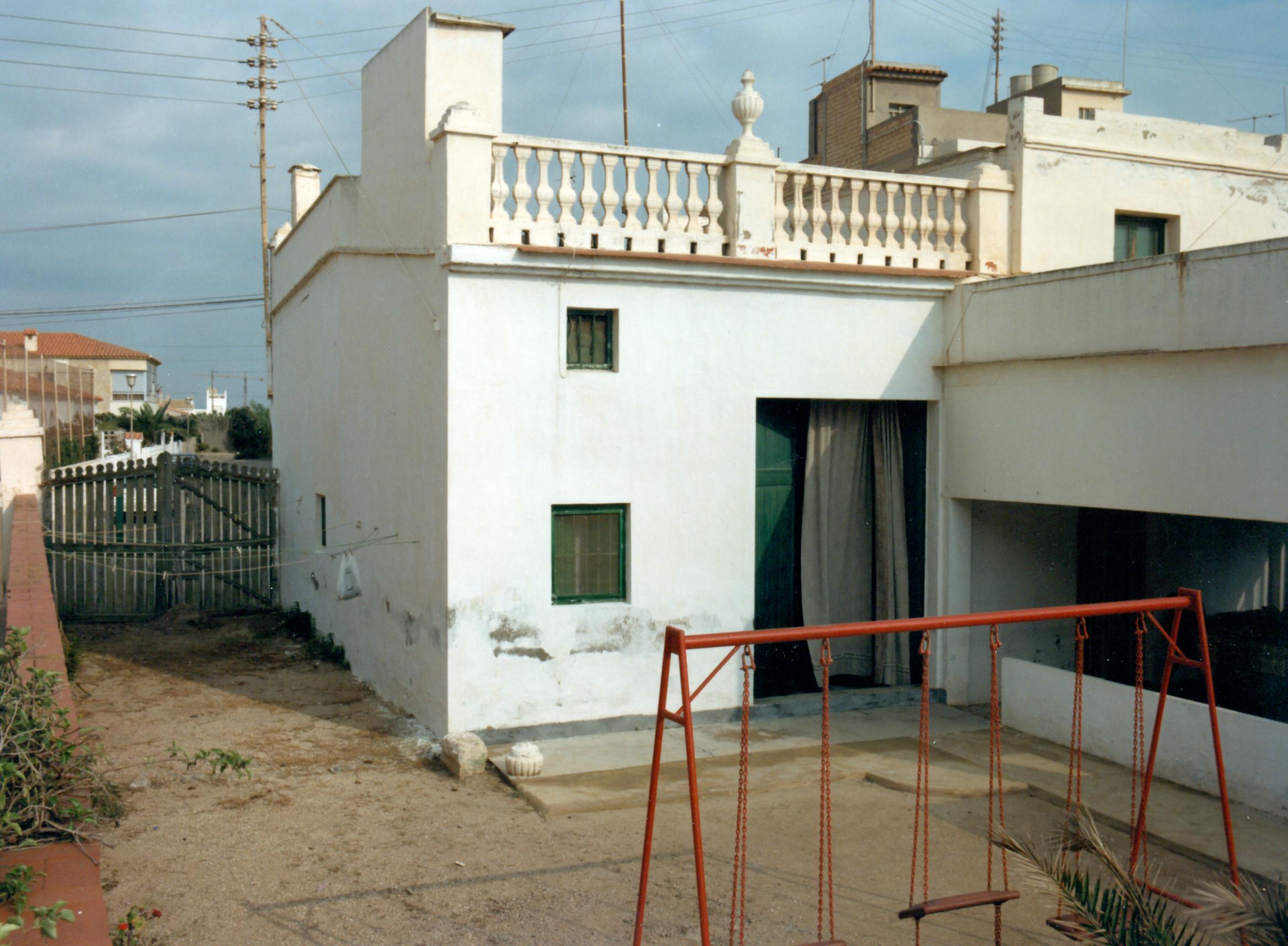 Foto playa Les Palmeretes. Antiga casa de la Loteria. Anys 90