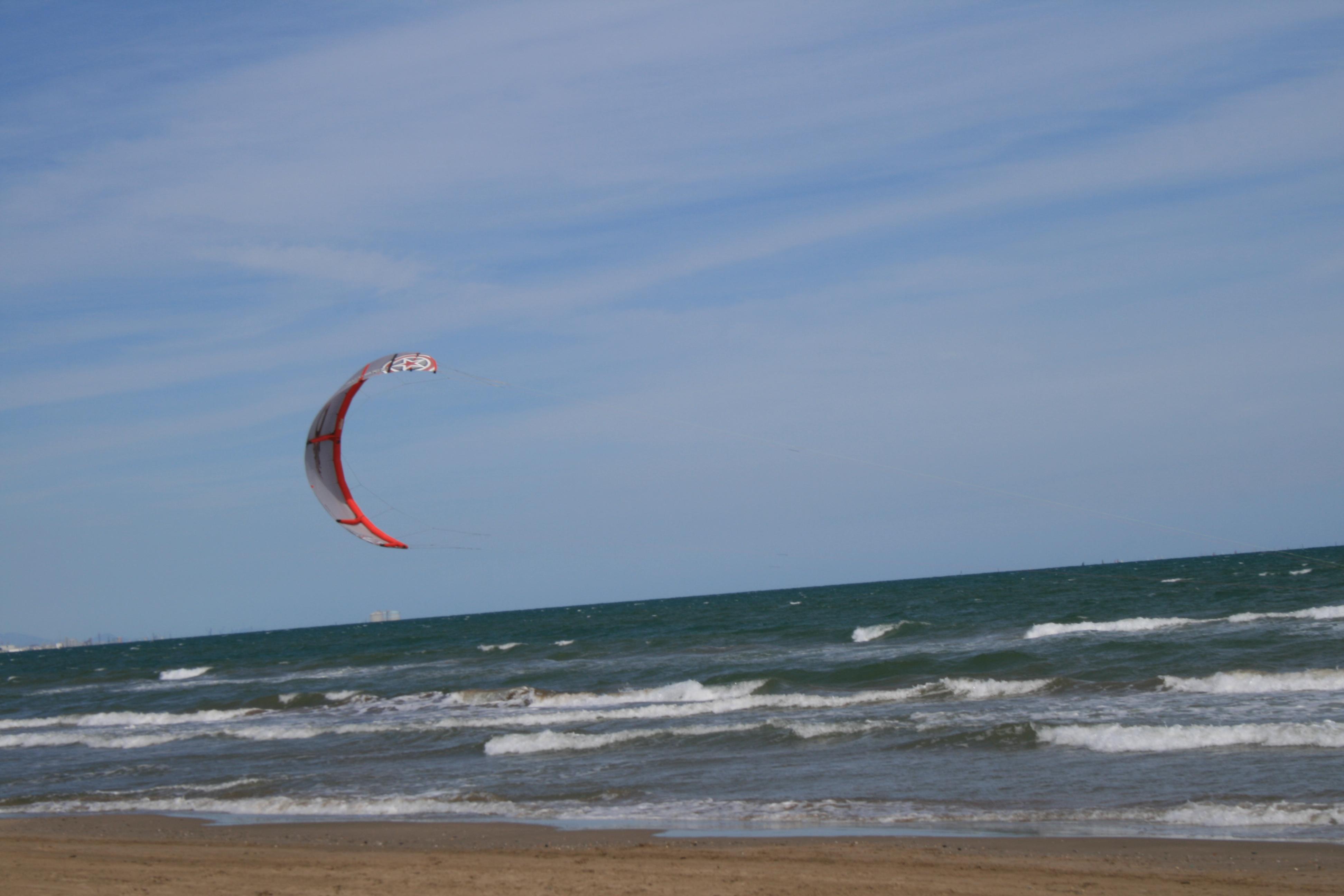 Foto playa Patacona. Kitebuggy