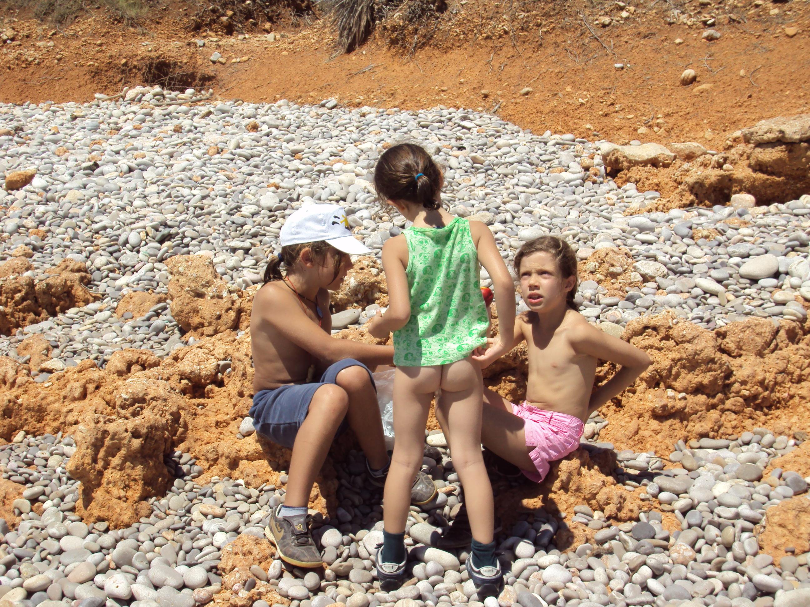 Foto playa Cala Argilaga. Tras la acampada
