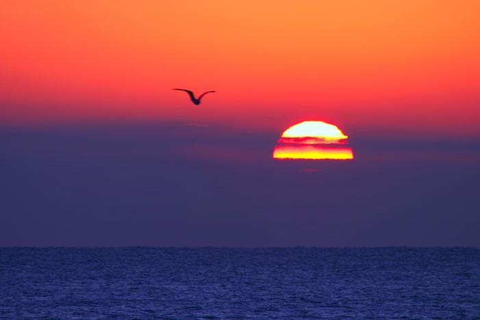 Foto playa Cuartel Vell / Quartell Vell. Mediterranean sunrise