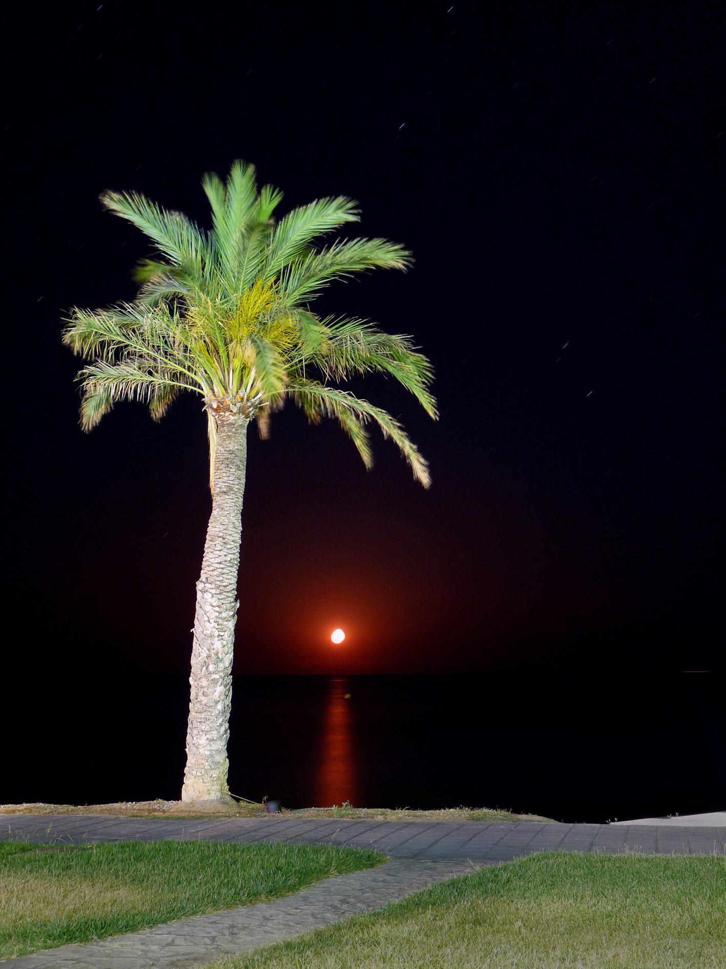 Foto playa Els Ampláries. Luna Encendida