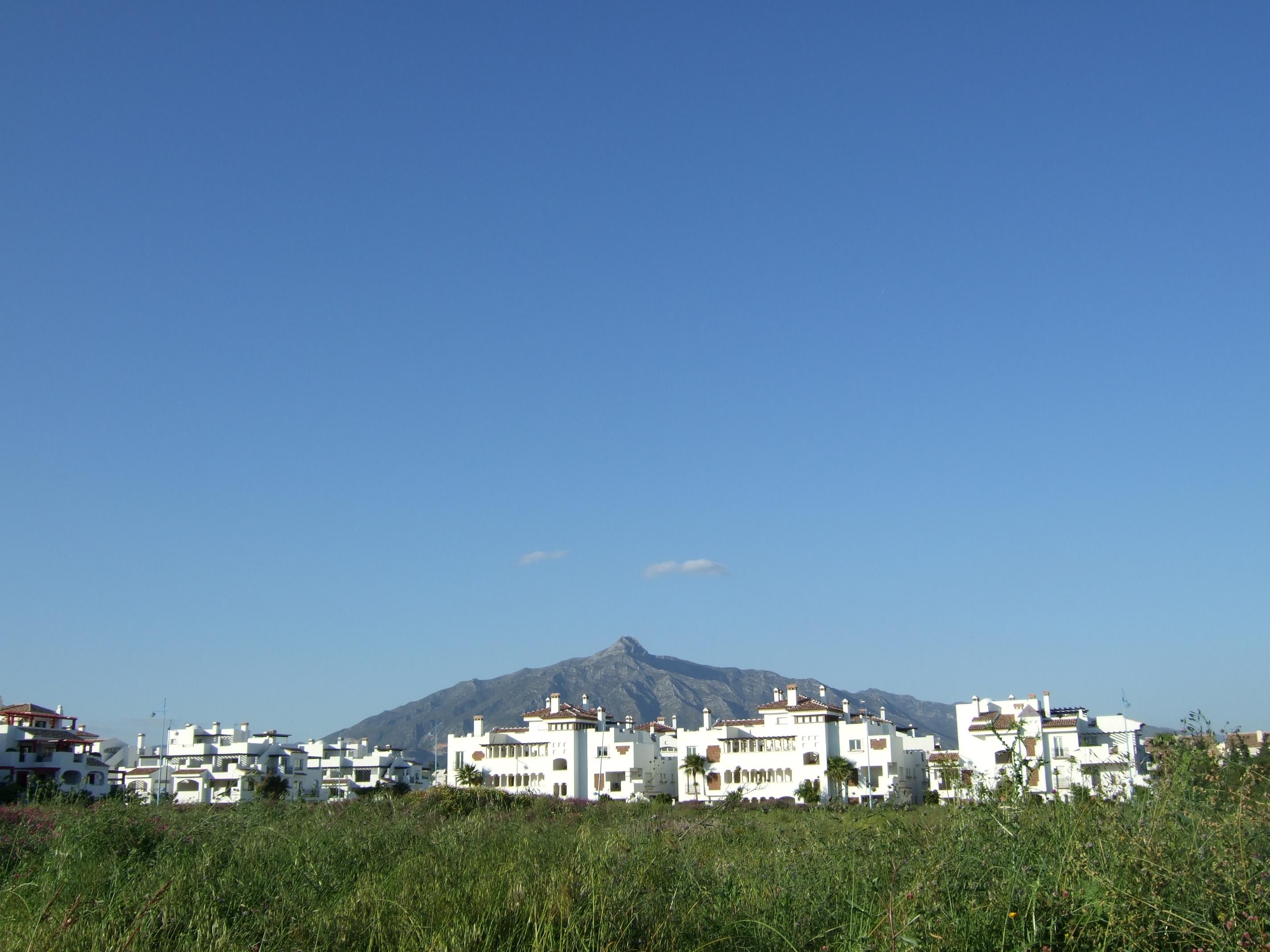 Playa San Pedro de Alcántara