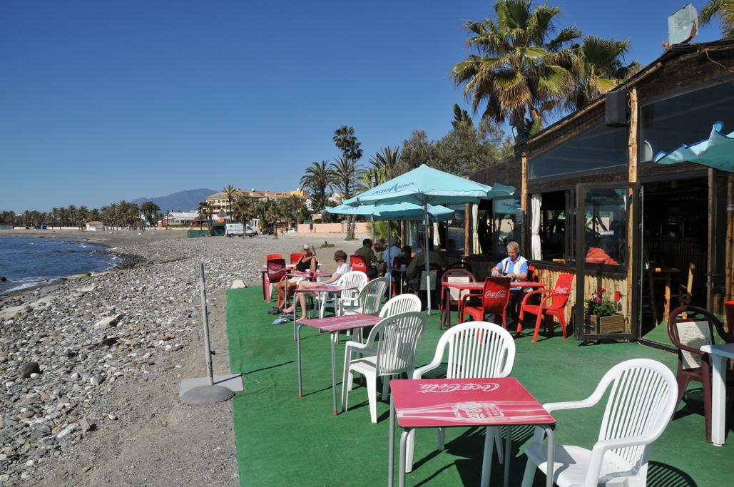 Foto playa Linda Vista. San Pedro Beach with Kala Kalua Playa Beach Bar