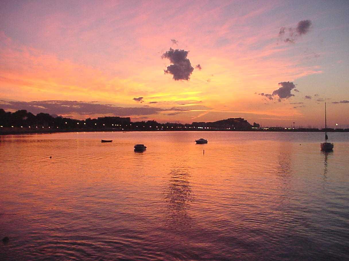 Foto playa Sorts de Mar / Costa la calma. Atardecer en Denia