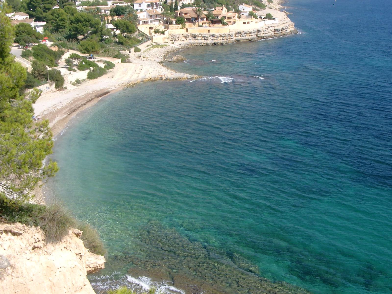 Foto playa Cala L'Advocat. Playa - Cala Baladrar - Benissa Costa