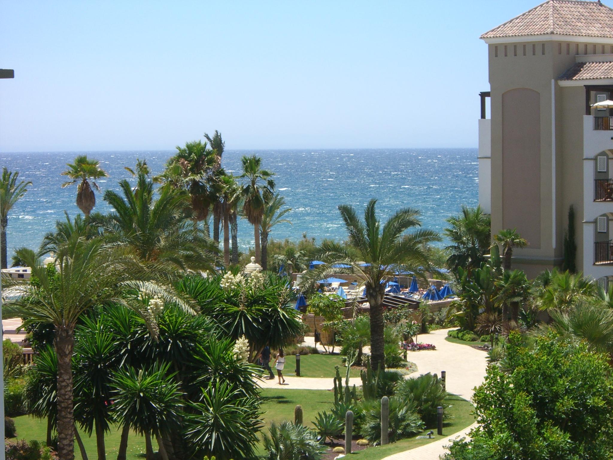 Foto playa Casasola / Isdabe-Atalaya / Matas Verdes. View on the See (Marriott´s Playa Andaluza)