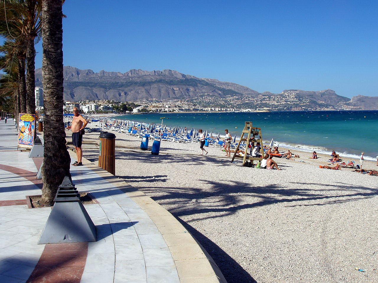Foto playa Cap Blanc. Playa en El Albir,. Alicante, España