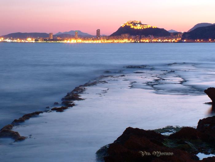 Foto playa La Almadraba. Anochecer desde el Cabo de la Huerta (by vtemz)