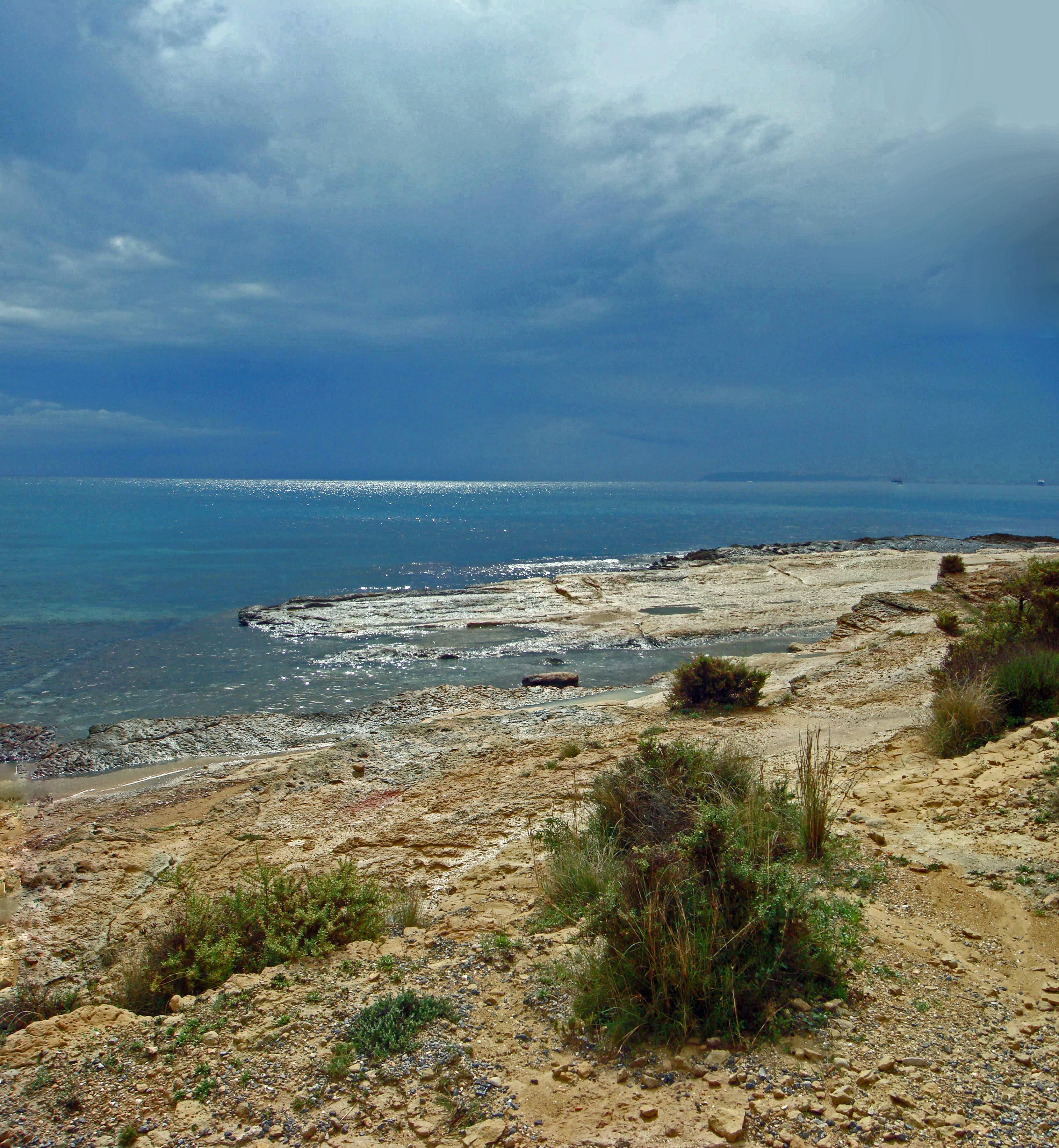 Foto playa La Almadraba. Alicante. Cabo de las Huertas.
