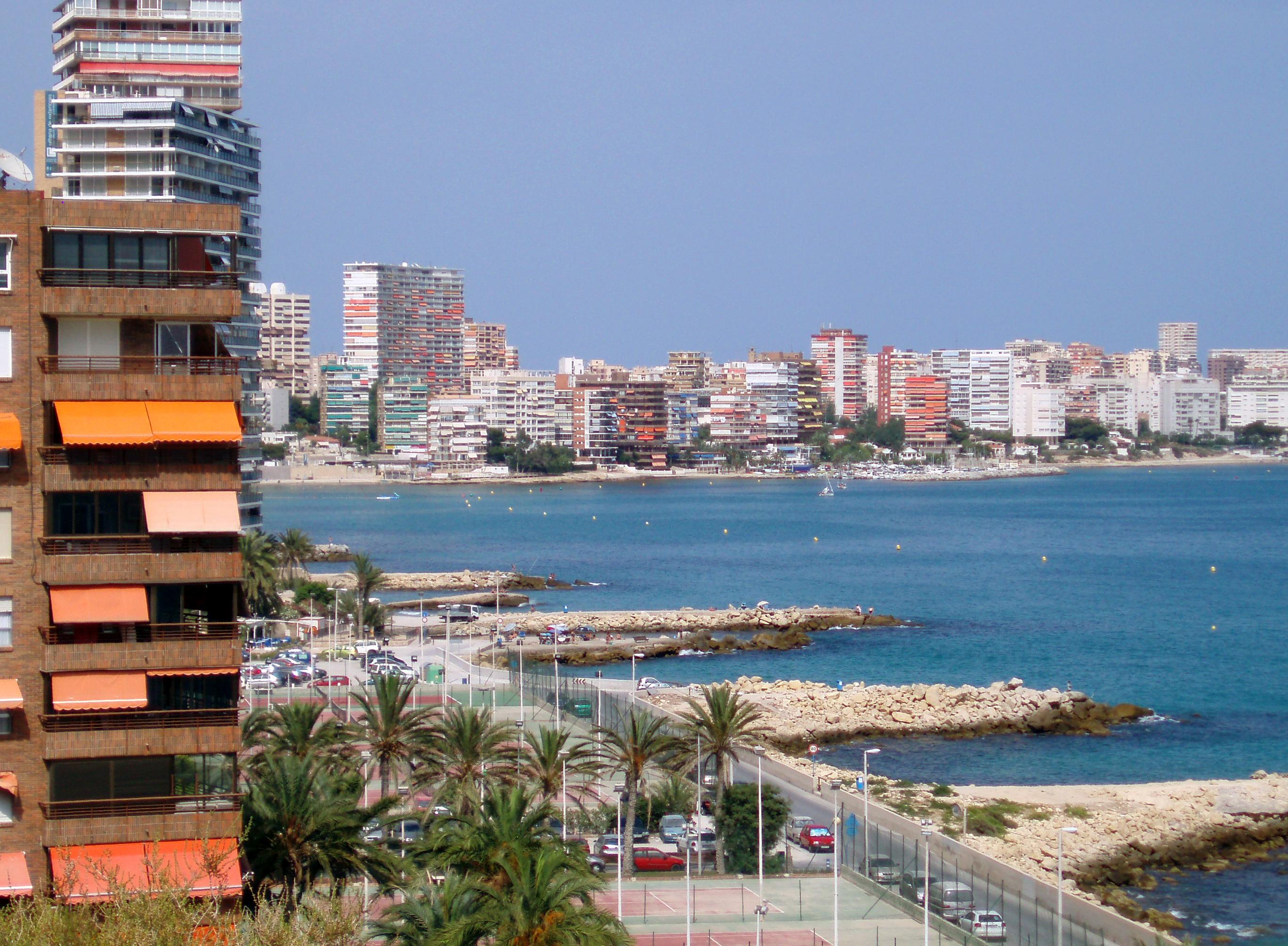 Foto playa Cala dels Jueus / Cala de los judíos. Playa de La Albufereta (Alicante)