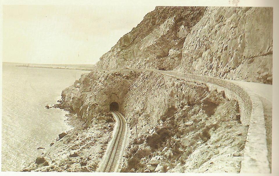 Foto playa Cala dels Jueus / Cala de los judíos. Avenida de Villajoyosa - La Cantera