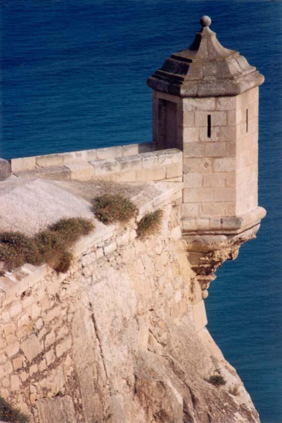 Foto playa El Postiguet. Foto Torre Castillo Alicante © ( www.fotoseb.es )