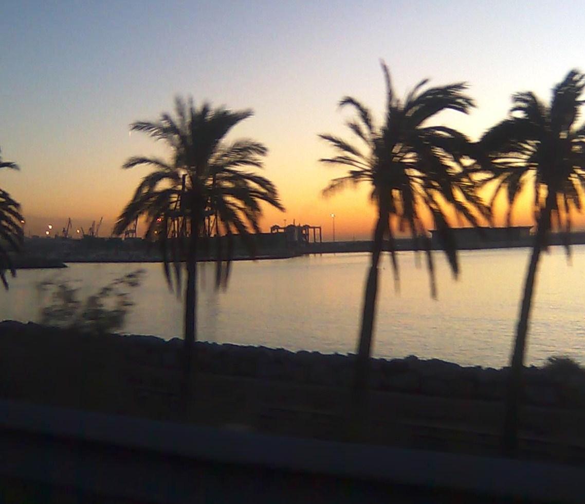Foto playa Agua Amarga. Amanecer  en Alicante