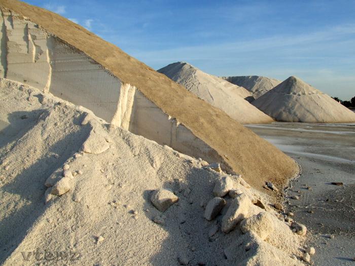 Foto playa La Gola. Montañas de sal (by vtemz)