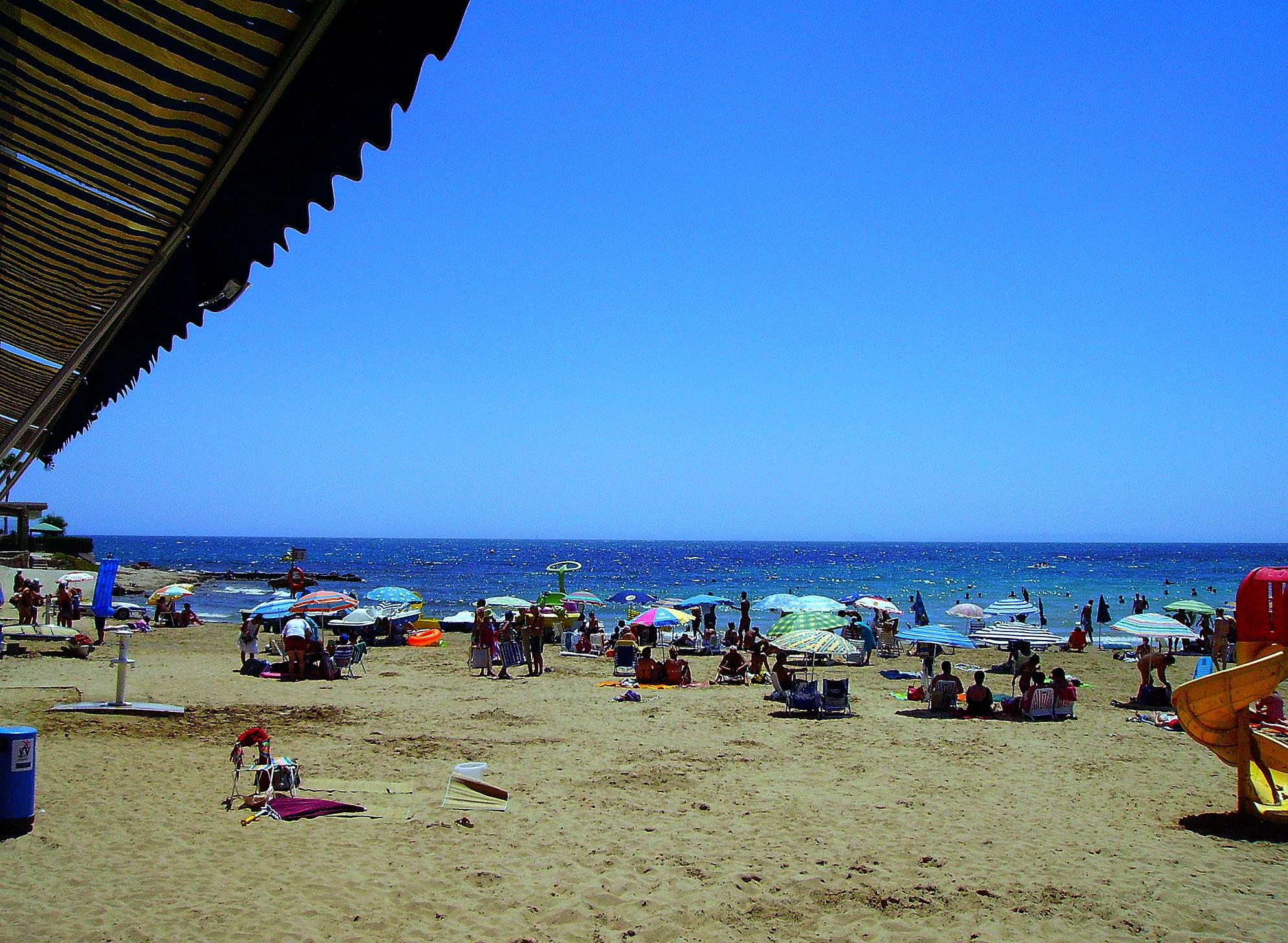 Foto playa Cala de la Higuera. Torrevieja, Playa de los Locos