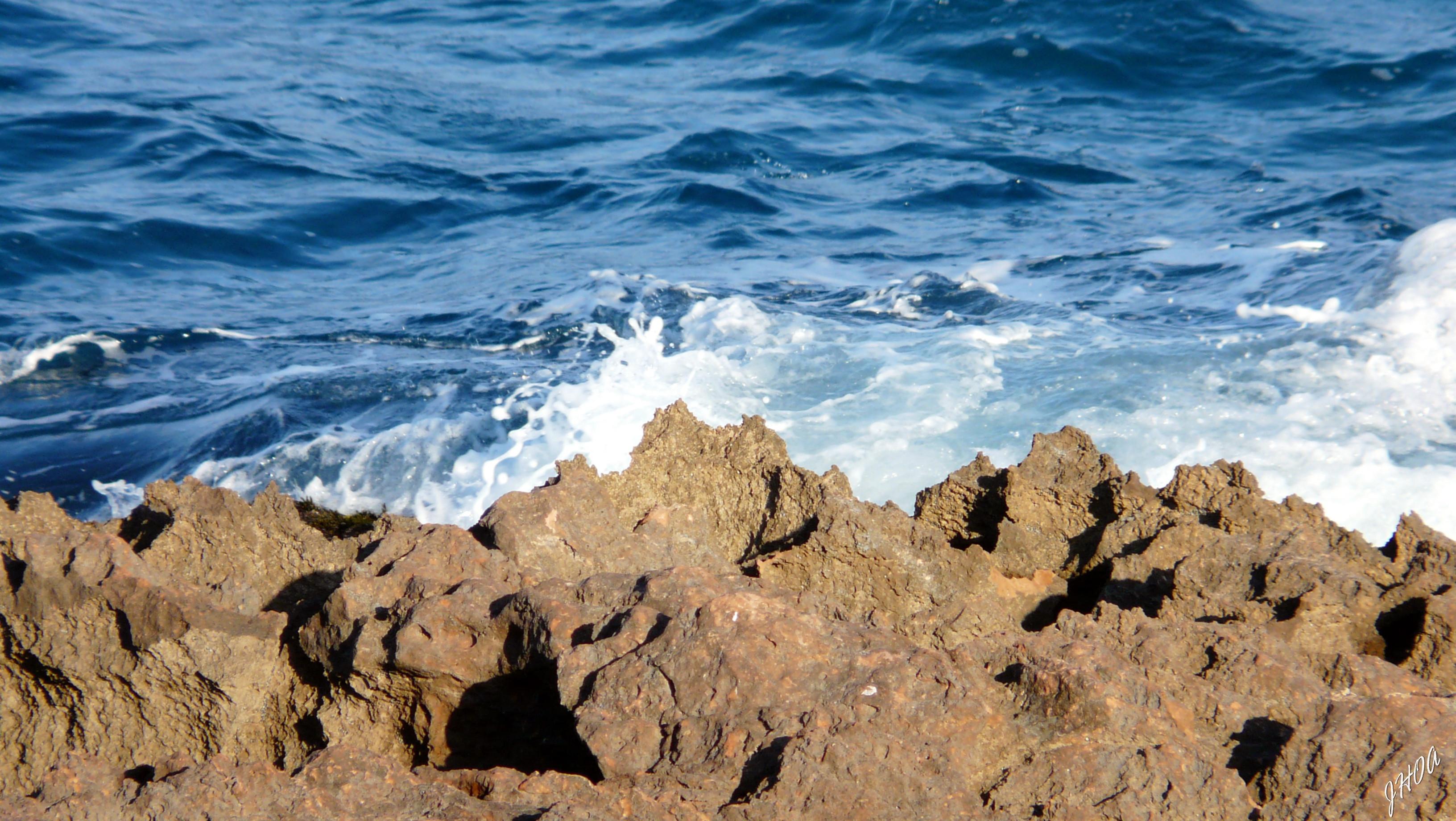 Foto playa Cala de la Higuera. ROCA Y MAR