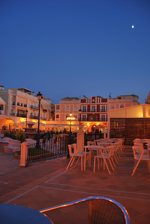 Foto playa Mil Palmeras. Moonlight in the Pueblo Latino
