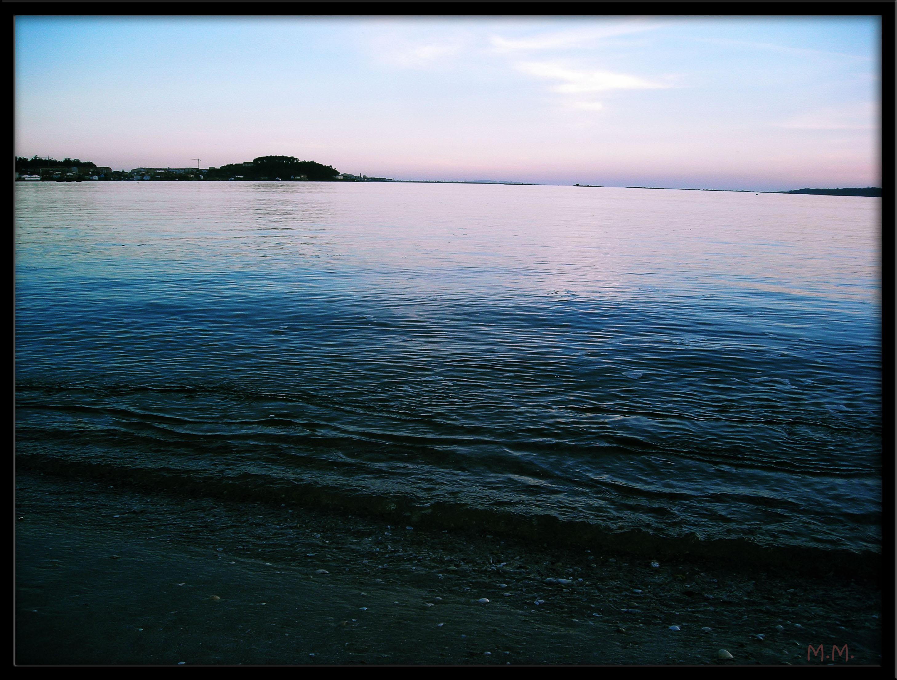 Foto playa Barraña / Jardín / Saltiño-Barraña. lastima dunha pedra..