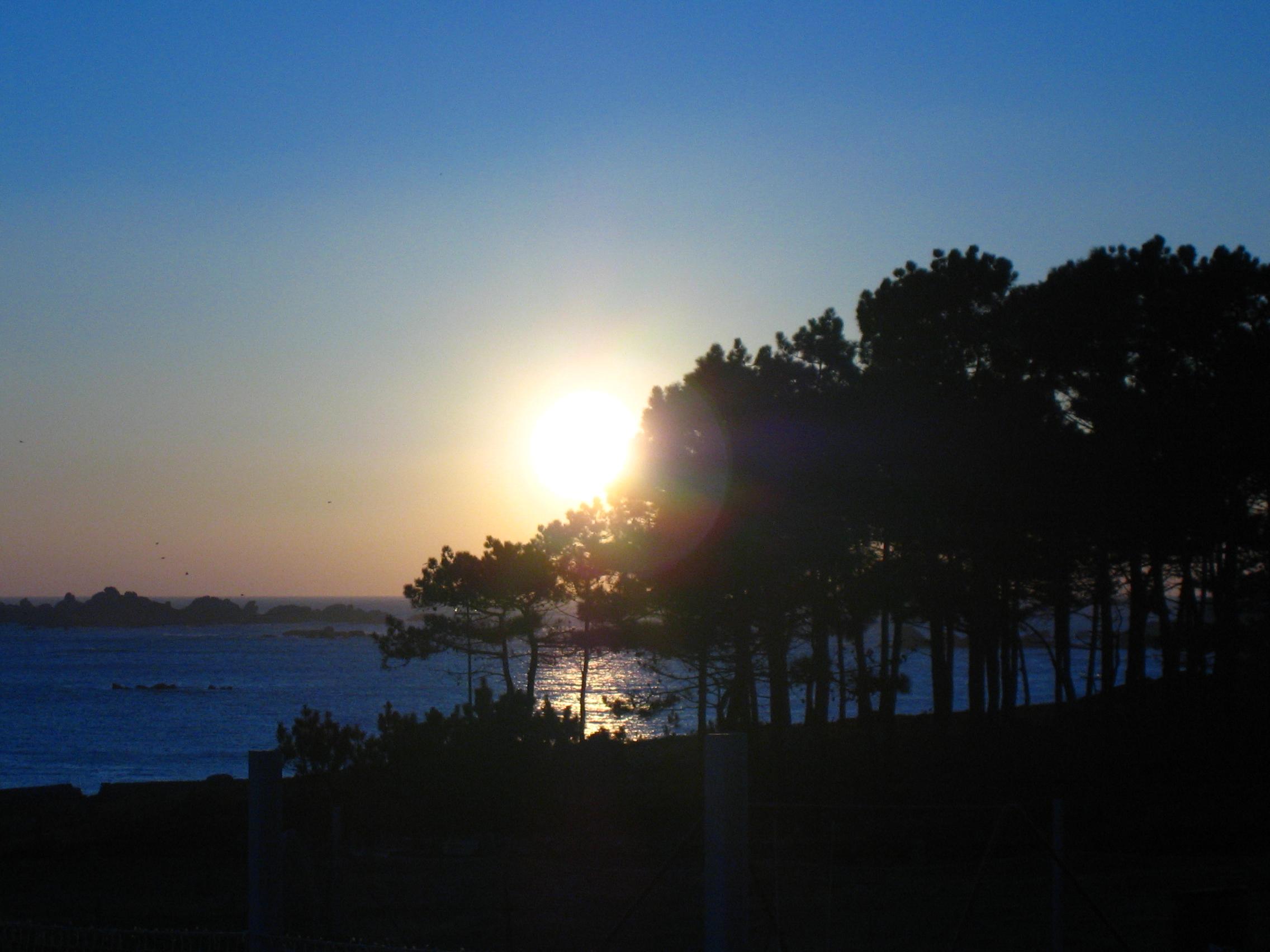 Foto playa Penisqueira. Puesta en Couso