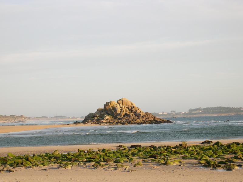 Foto playa As Furnas. Granito de Corrubedo