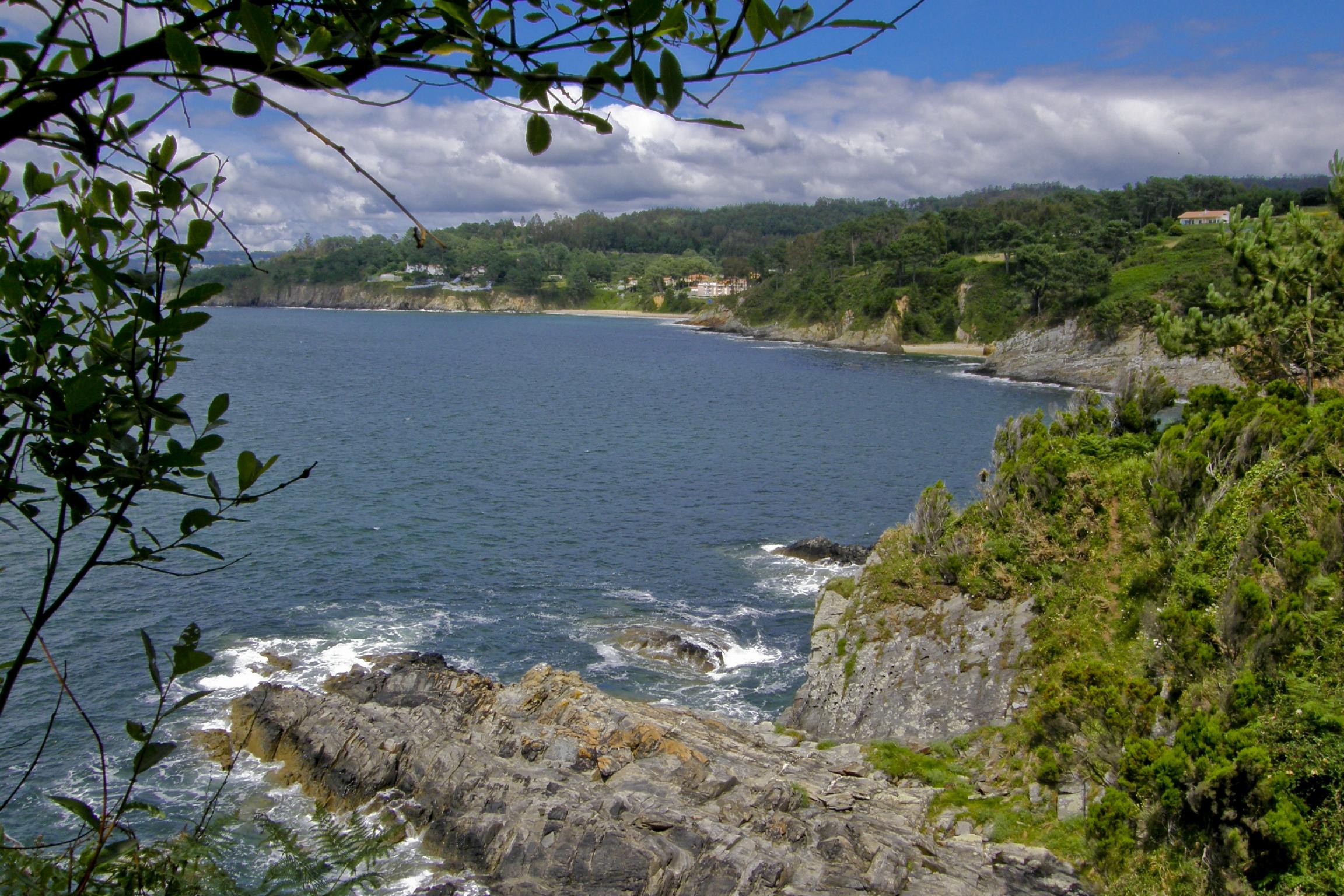 Foto playa Coido. Costa de Boebre coa praia de Ber ao fundo