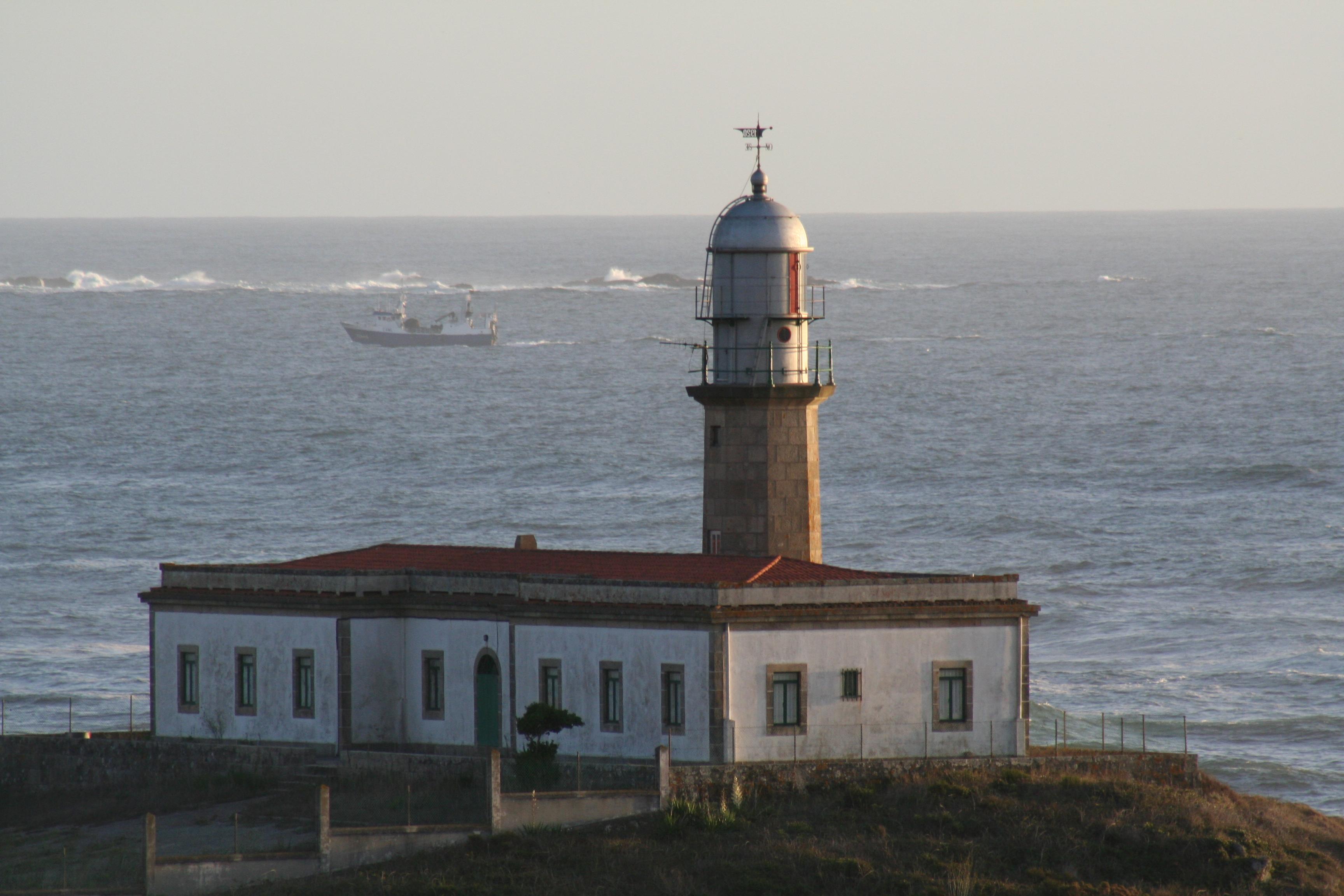 Foto playa Sureseco / Reseco. Frente a faro Lariño