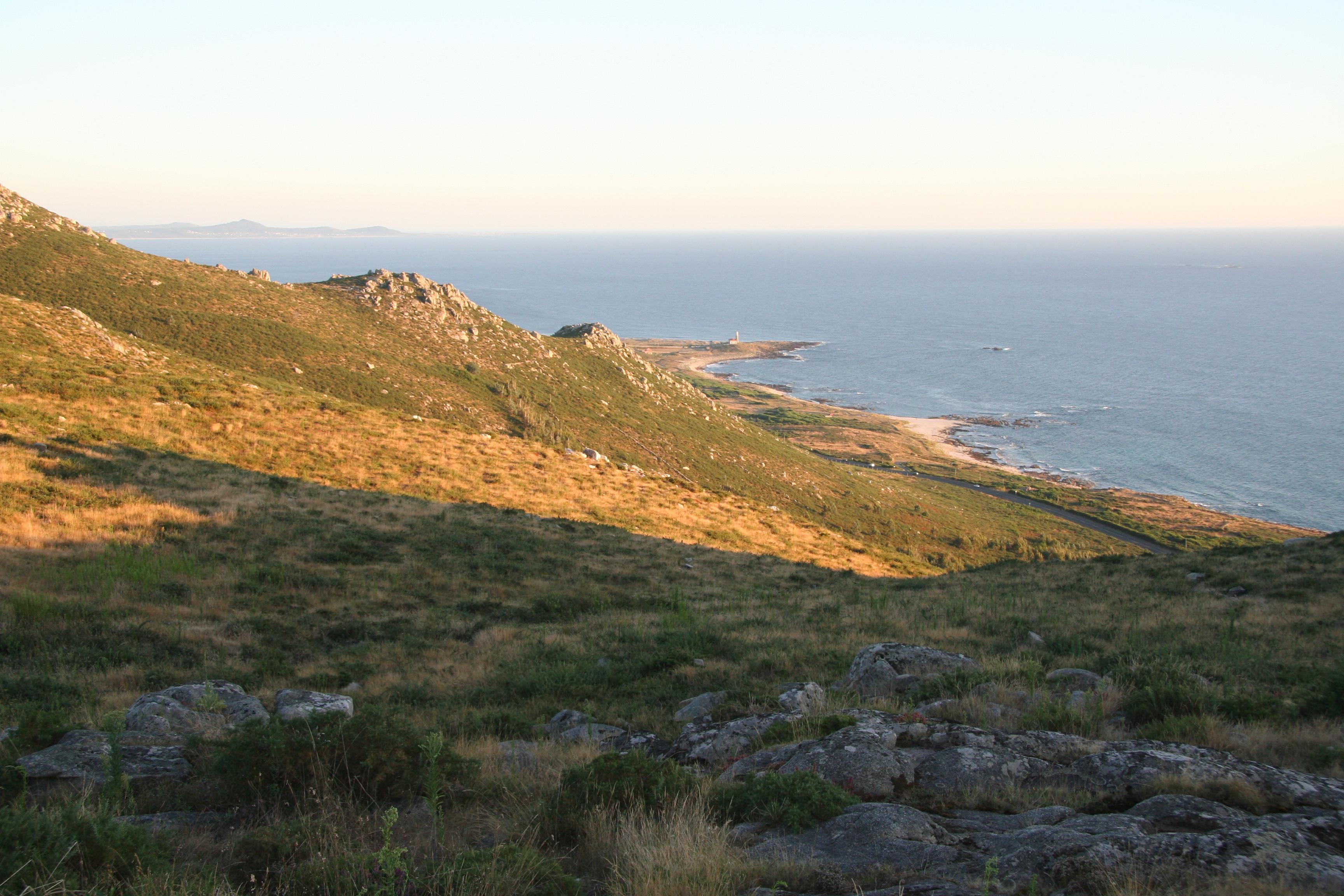 Foto playa Susiños. A LO LEJOS