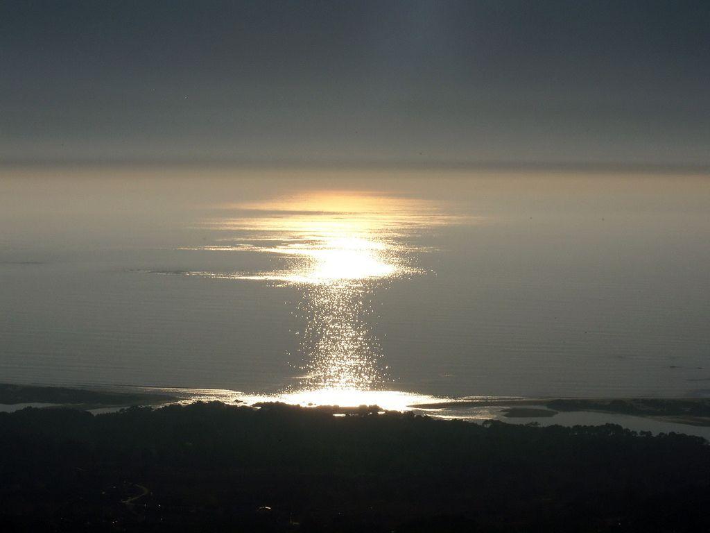 Foto playa Mar de Lira. puesta de sol