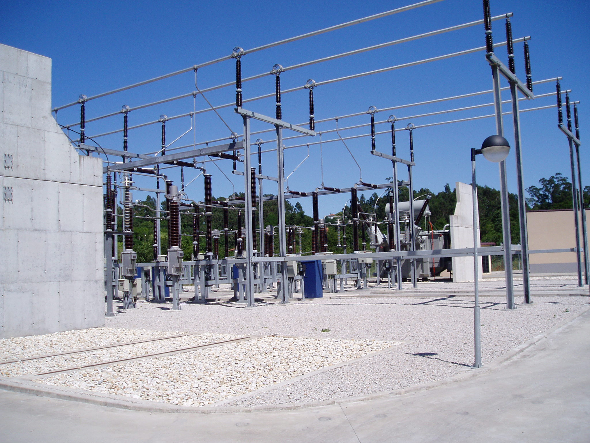 Foto playa Lourido. Sub. Lourizan  220/66 kV  y   220/20 kV