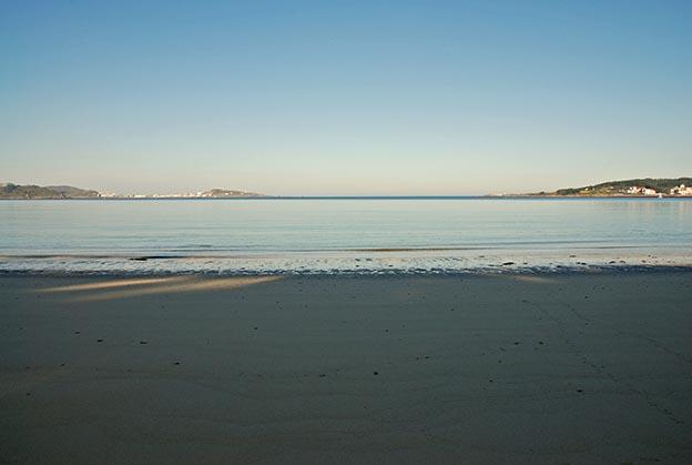 Foto playa Barreira. Amanecer desde la playa de Leis (Muxía)