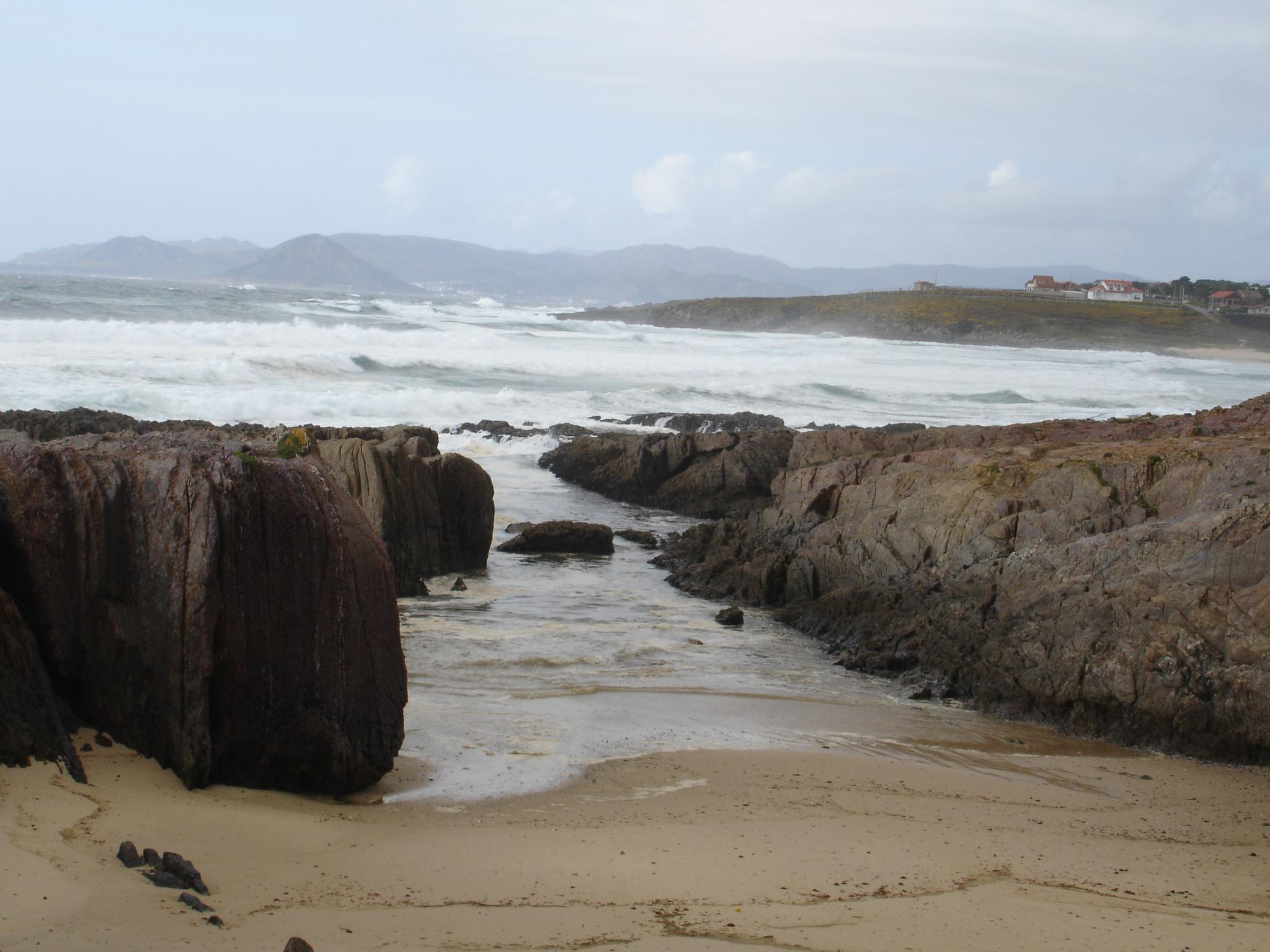 Foto playa Traba. acantilados